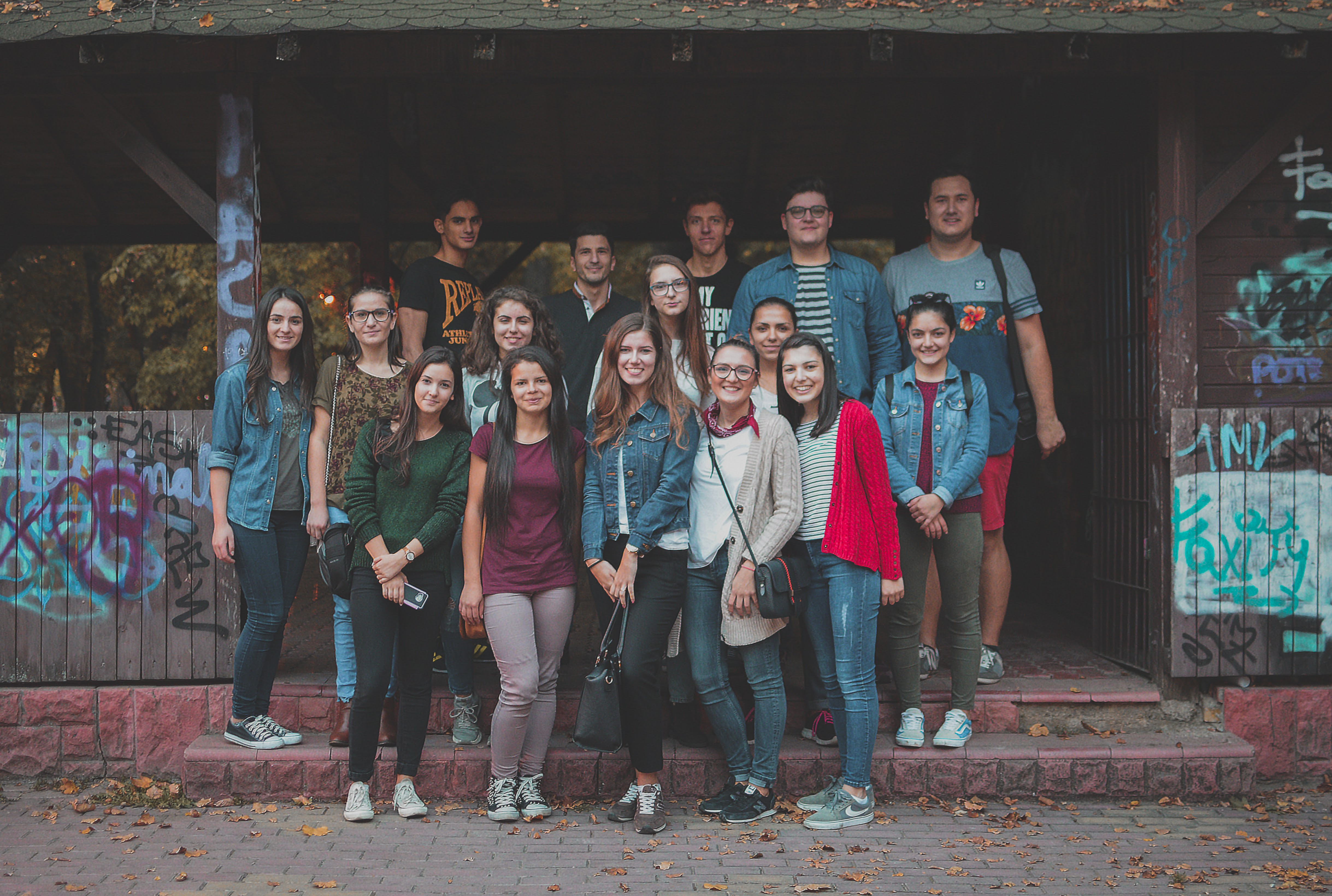 Adolescenti Biserica Vestea Buna Bucuresti